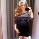 25+5 weken Stond wat kleding te passen en m'n buik leek ineens zo rond! Moest even gauw een foto maken :-)