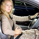 auto rijden Wel of niet auto rijden tijdens de zwangerschap ?